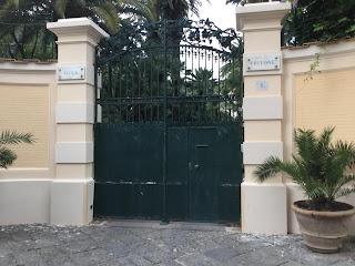 The entrance to Villa Tritone on Via Marina Grande
