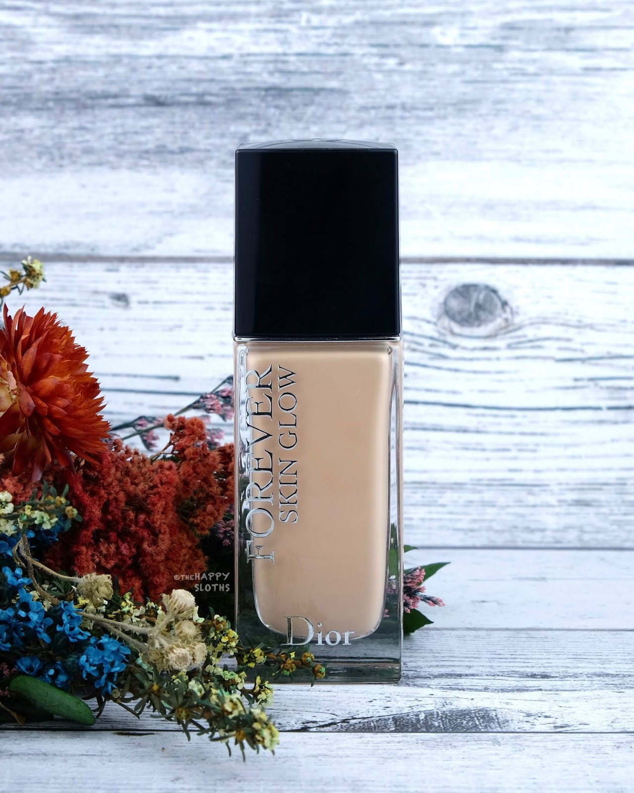 """Dior Forever Skin Glow 24H Radiant Perfection Foundation in """"1CR"""": Review and Swatches"""