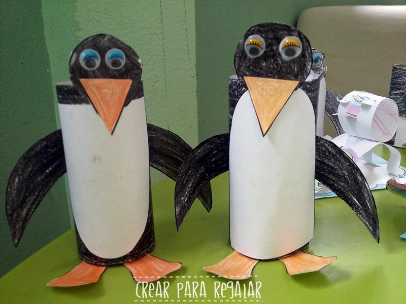 pingüinos con rollos de papel higienico reciclamos