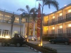http://www.bromomalang.com/2015/09/hotel-seulawah-grand-view-batu-malang.html