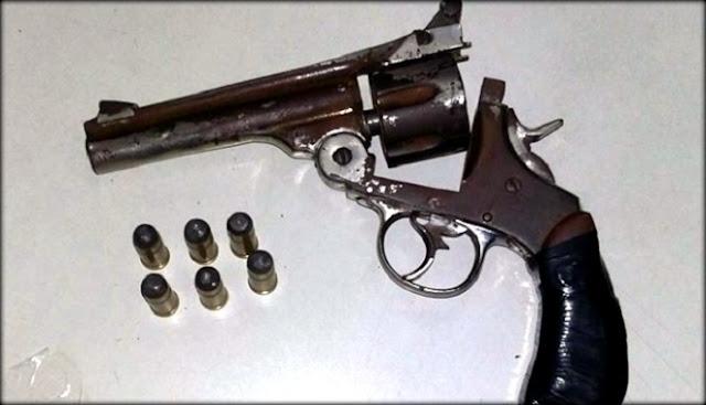 Homem é preso com revolver calibre .44 em Aracaju