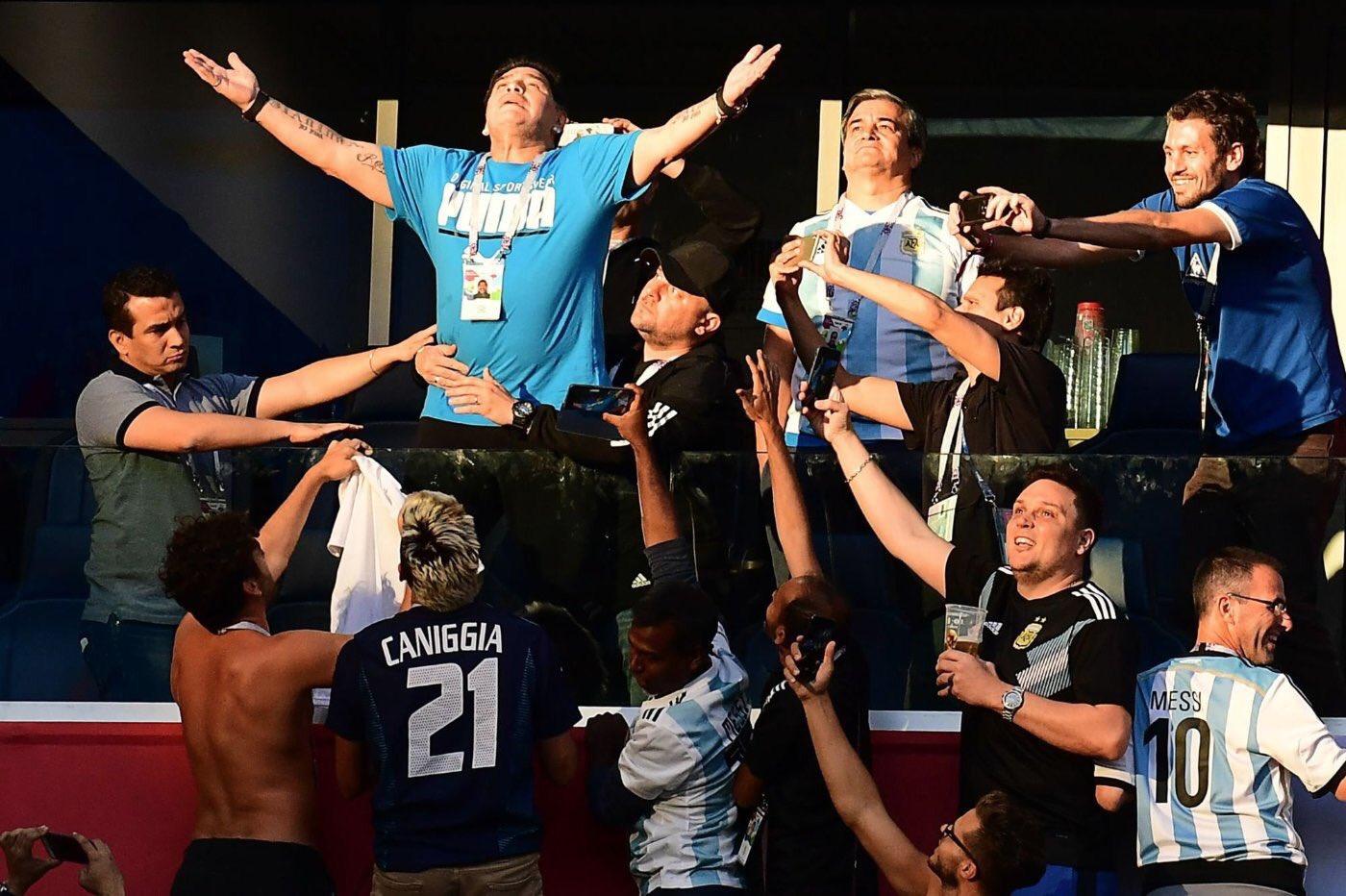 SON DAKİKA: Diego Maradona vefat etti!