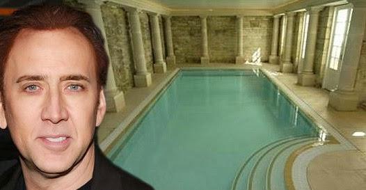 piscina Nicolas Cage