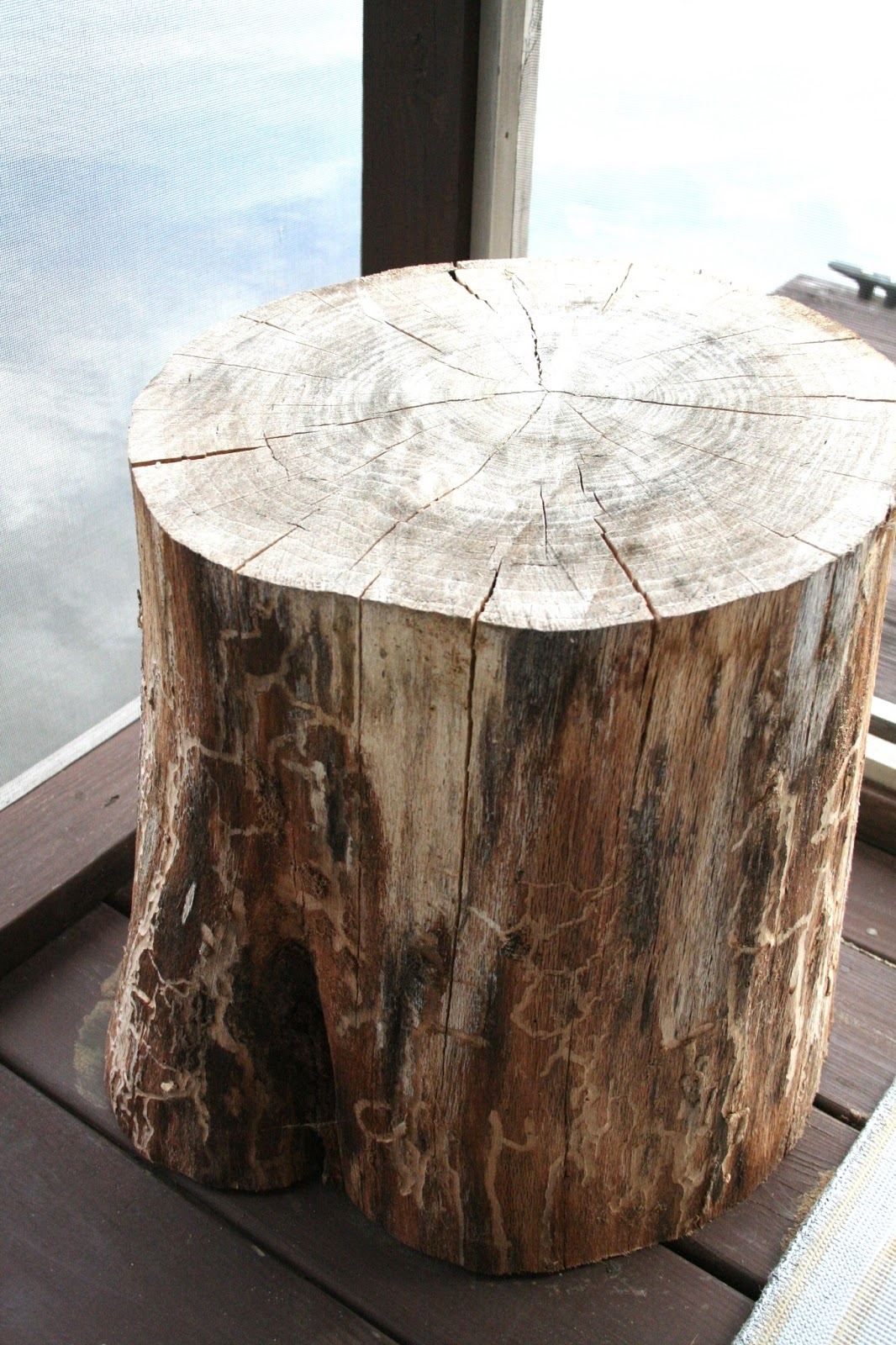 Diy Tree Stump Tables