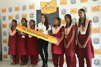 Actress Priya Anand in T Shirt with Students of Shiksha Movement Events 62.jpg