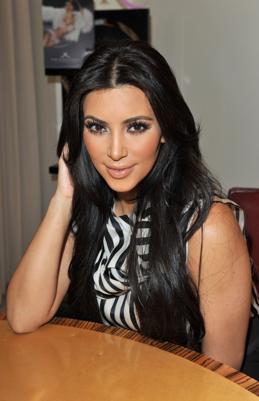 photoshoot sexy Kim kardashian