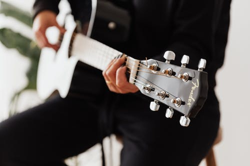 7 Cool New Guitar Skills To Learn In Lockdown