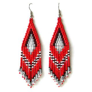 Серьги ручной работы - украшения из бисера красные серьги из бисера