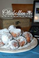 http://azucarenmicocina.blogspot.com.es/2017/02/oliebollen.html