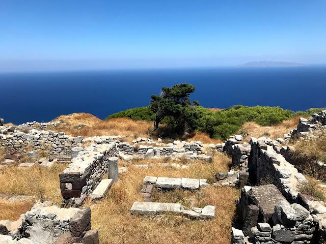 مدينة ثيرا القديمة Ancient  Thera