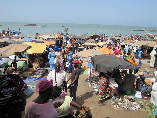 IMG_2956 ▷ Llegada de Pescadores al Puerto de Mbour