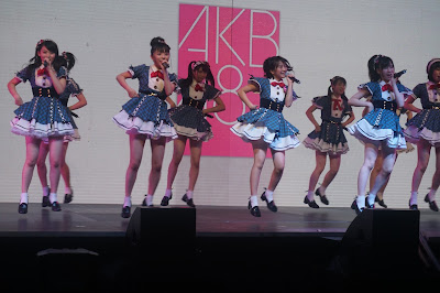 Im moving to japan just because of akb seifuku no hane thecheapjerseys Image collections