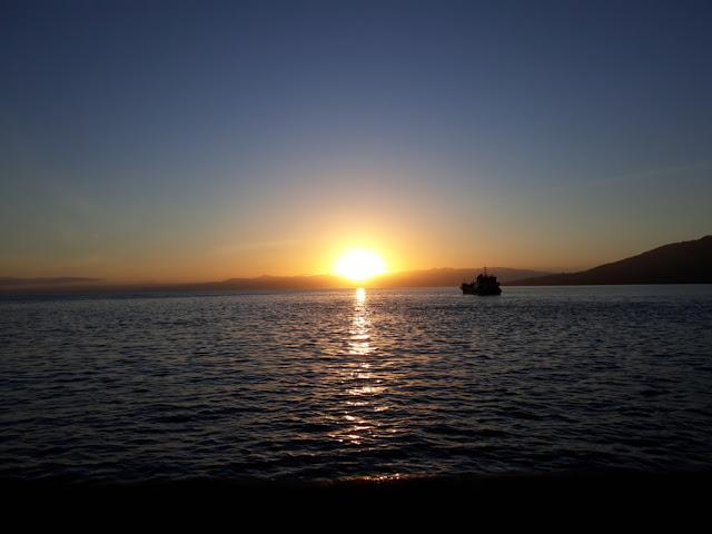 Sunrise Di Taman Nukila Ternate