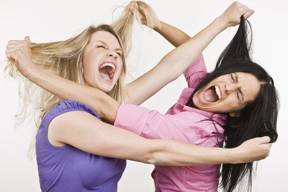 μαμάδες μαλώνουν