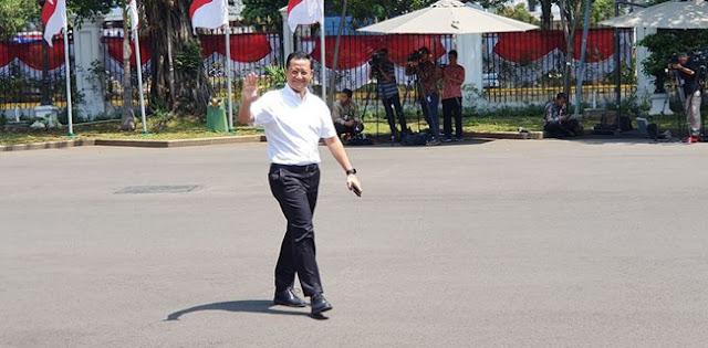 Juliari P. Batubara Jadi Politisi Pertama PDIP Yang Diundang Jokowi
