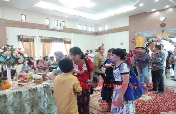Open House Ketua DPRD, Mura: Kristiani dan Muslim Berkunjung Dalam Kedamaian