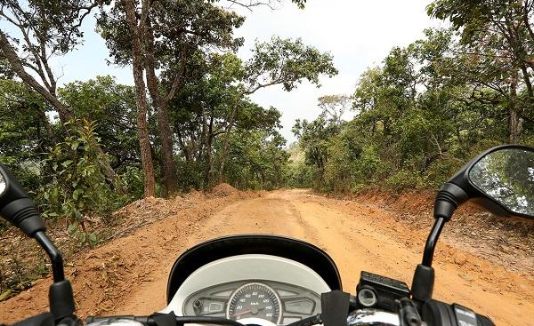 Вид со скутера при путешествии