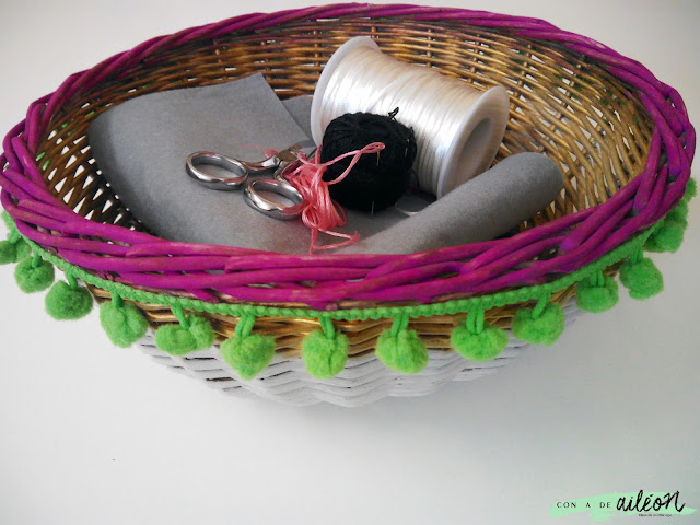 cesta pintada manualidades reciclaje