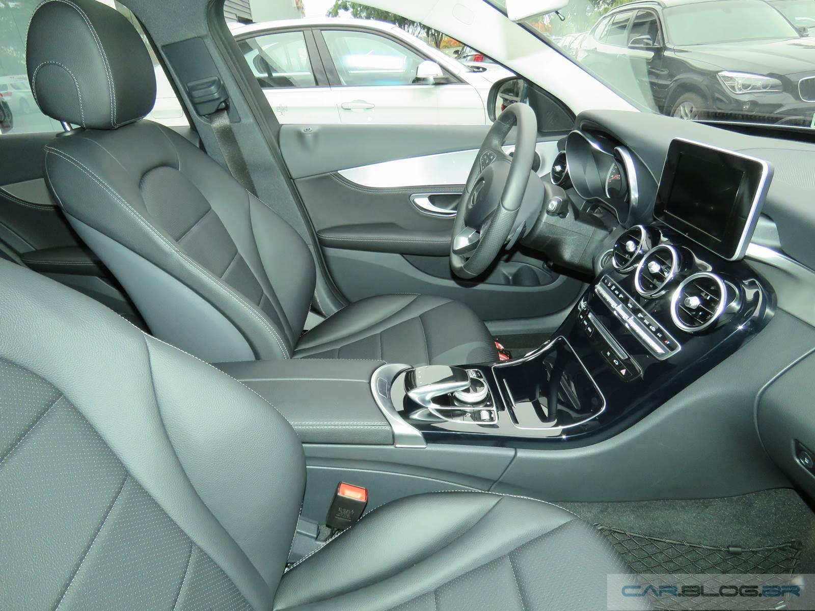 Mercedes-Benz C180 Flex 2016 - interior
