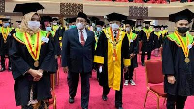 Orasi di Wisuda Ke 123 UNP, Benny Utama Tawarkan Pembangunan Kampus UNP di Pasaman