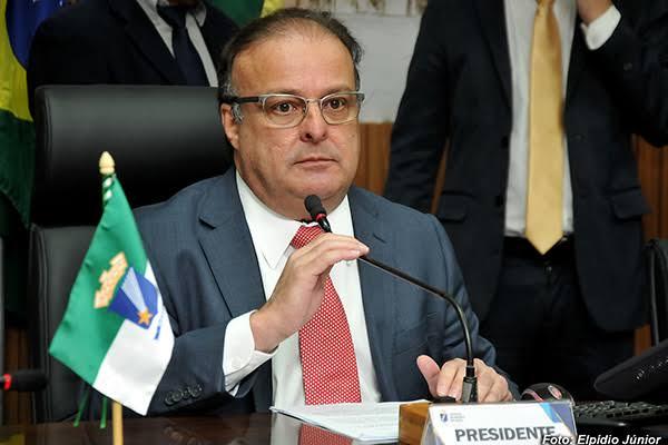 MAIS UMA: PAULINHO DEVOLVE MAIS R$ 1,9 MILHÃO PARA PREFEITURA