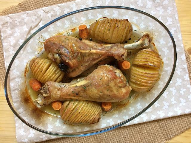 muslos de pavo asados con patatas hasselback receta