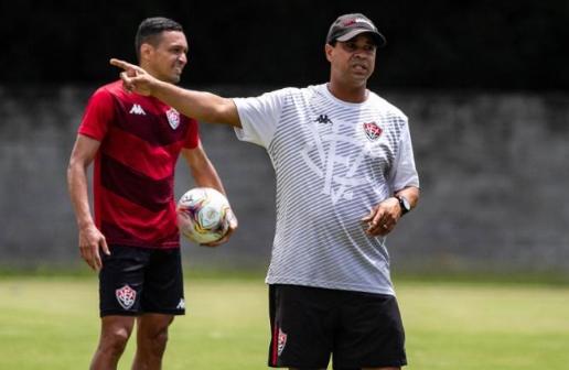 Vitória: Rodrigo Chagas e demitido