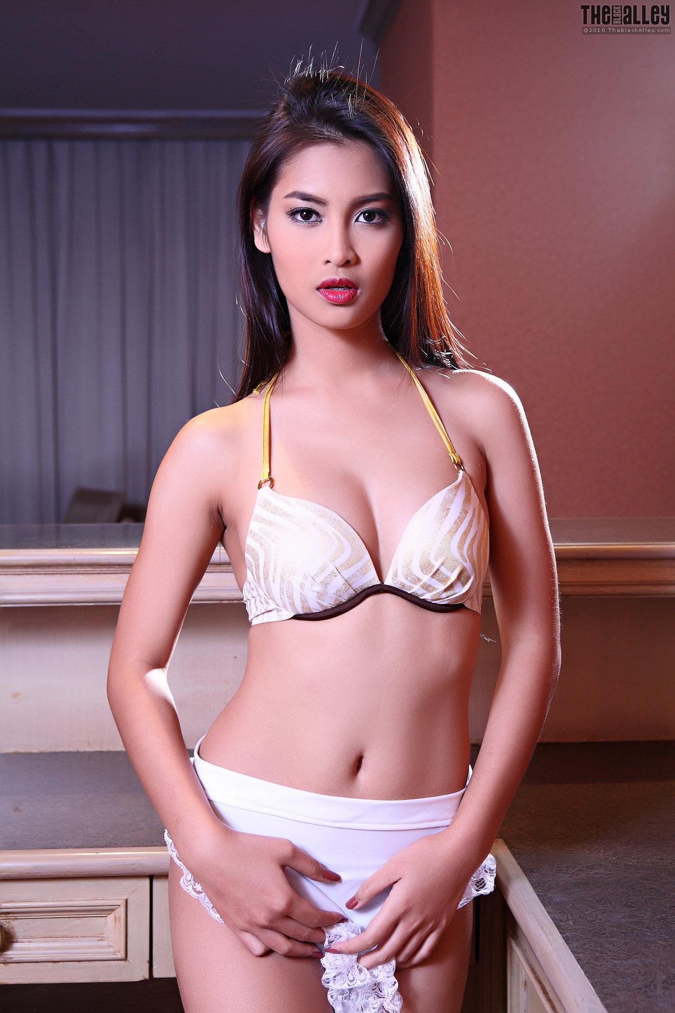 Beautyleg Miki   Hot Mini Dress   Gravure Girls Idols   Page 3