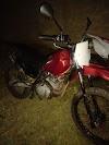 Elesbão Veloso: Em operação noturna, PM apreende motos e aparelhos de som.