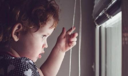 жалюзи могут быть опасны для детей