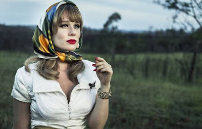 Mariana Ximenes interpreta Adalgisa em 'Se Eu Fechar Os Olhos Agora' — Foto: Gshow