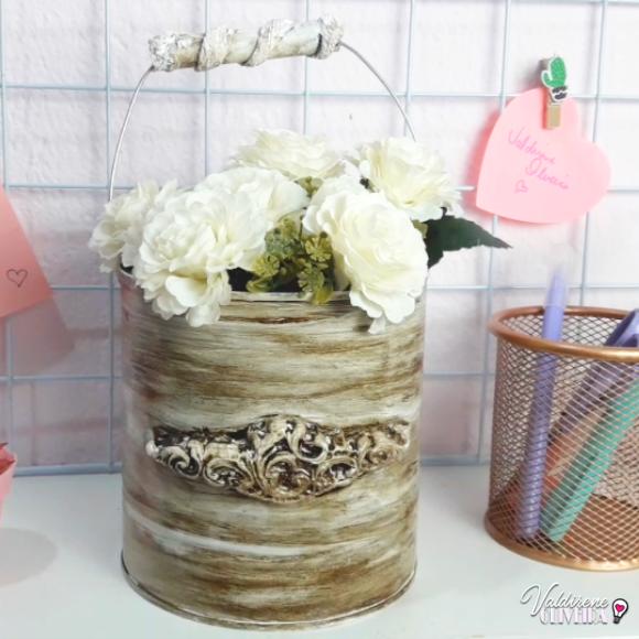 aprenda a fazer lata decorada com betume