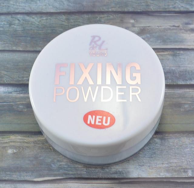 R de L Young fixing powder 01 transparent
