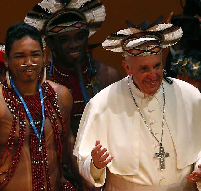 """BOMBA: PAPA FRANCISCO PREPARA EM SILÊNCIO SÍNODO NA AMAZÔNIA PARA FUNDAR UMA """"NOVA IGREJA COMUNO-TRIBAL E ECOLÓGICA"""""""