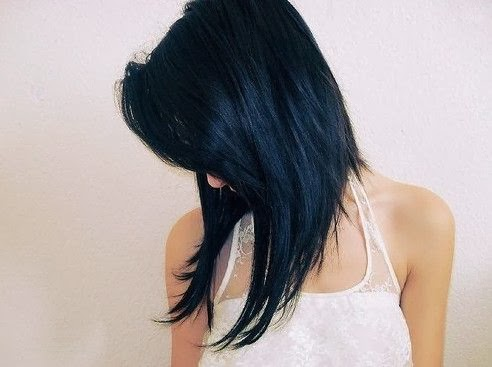 Cute Angled Hairstyle for Medium Length Hair