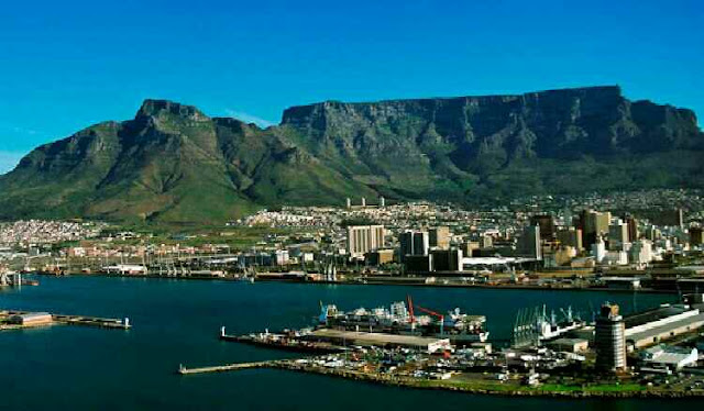 Which mountain is famous in South Africa?
