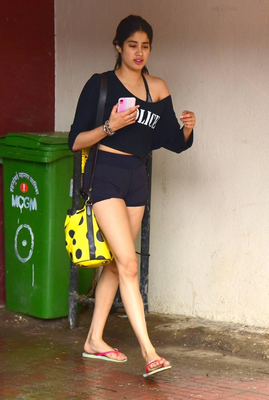 Glamorous Indian Girl Janhvi Kapoor In Mini Black Short