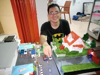 *Apria Marta Abena Pioner Maket Lampung*