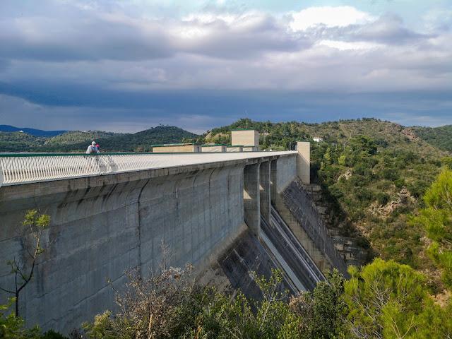 Водохранилище Дарниус Боаделья (Embalse Darnius Boadella)