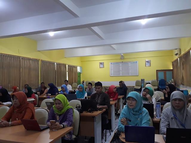 Pelatihan Aplikasi Si Pintar (3)