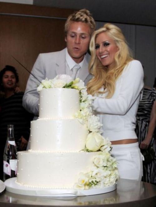 Heidi Montag And Spencer Pratt 22 25 Respectively Exchanged Their Cue Cards Vows Before 200 Guests Including Hills Co Stars Audrina Patridge