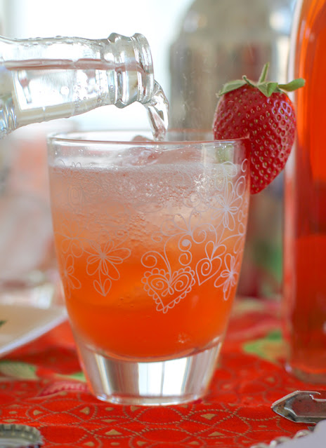 Food Lust People Love: Lightly sweetened homemade strawberry vodka is the main ingredient of this sparkling strawberry lemon cocktail, refreshingly cold, perfect for summer!