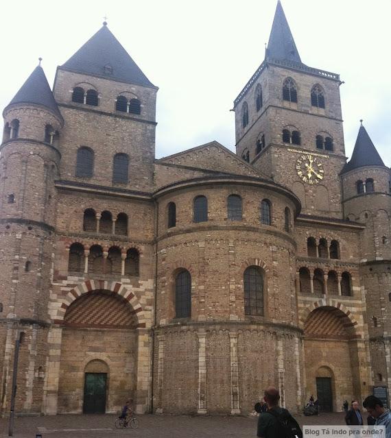 Roteiro pelo Rio Mosel (Alemanha) com vinícolas - Catedral de São Pedro em Trier
