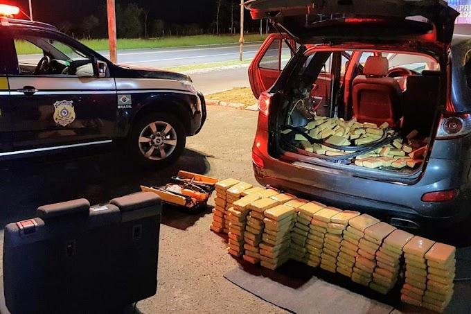 Paraguaios são presos por transportar 200 kg de maconha em fundo falso de caminhonete no RS