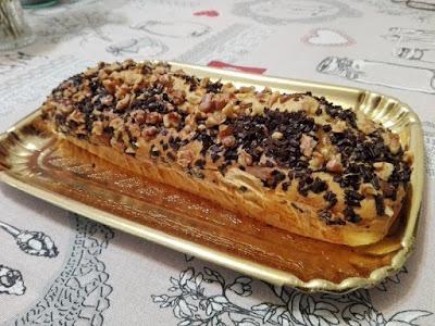 Cake con chocolate y nueces al Cointreau.