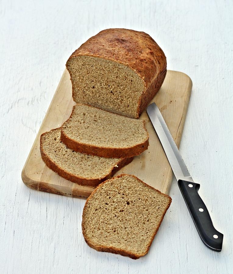 Versatile Vegetarian Kitchen: Whole Wheat Bread (with vital
