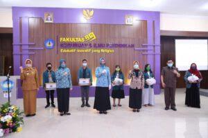 Riana Arinal Beri Bantuan Kepada Mahasiswa Unila dan Masyarakat Lampung yang Berada di Perantauan