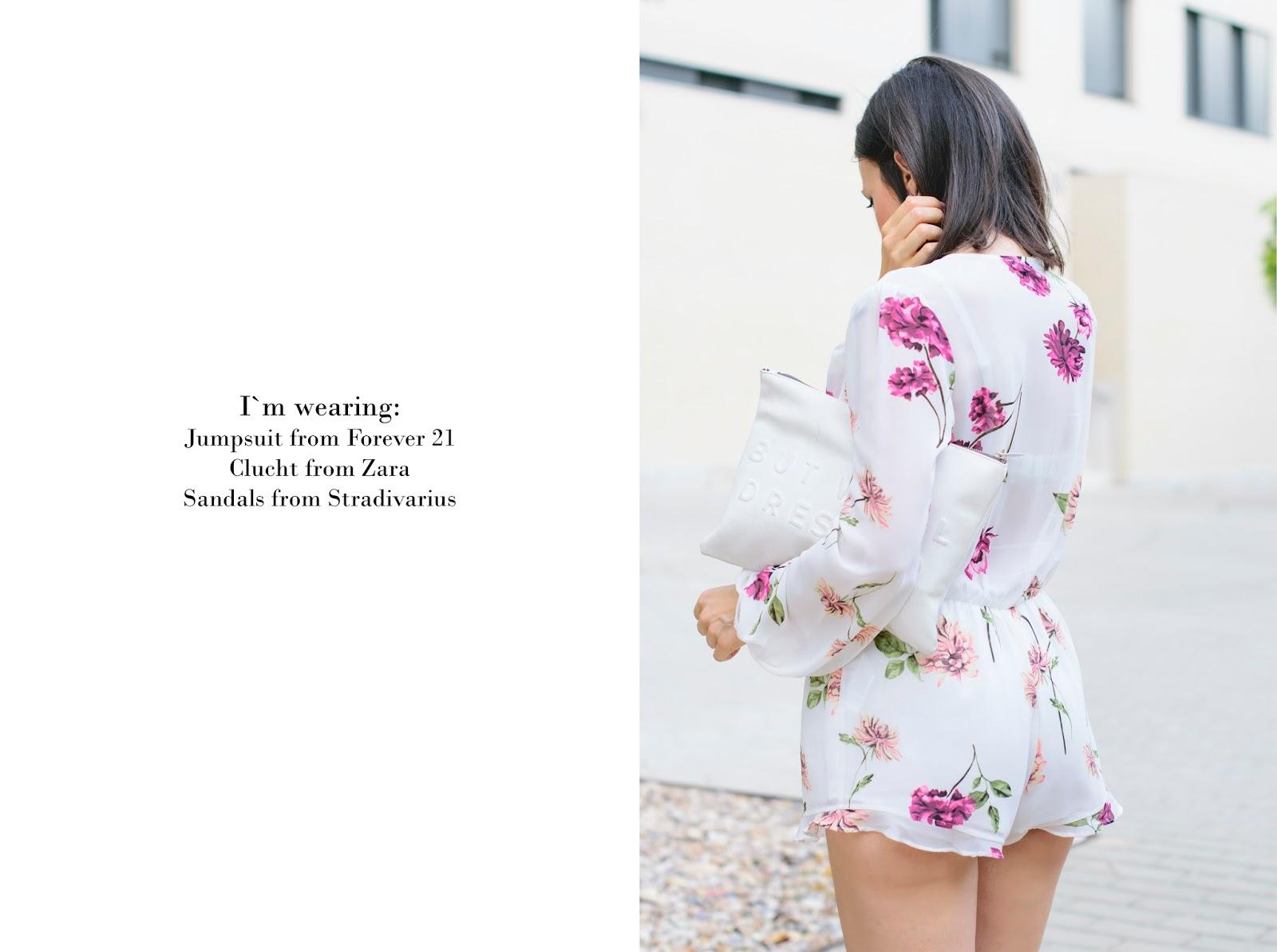 look con jumpsuit de flores de forever21