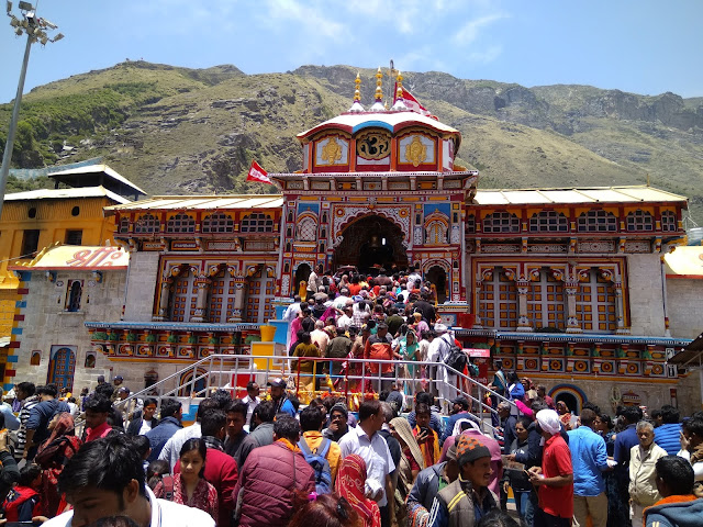 https://www.travelntweet.com/Char dham Yatra