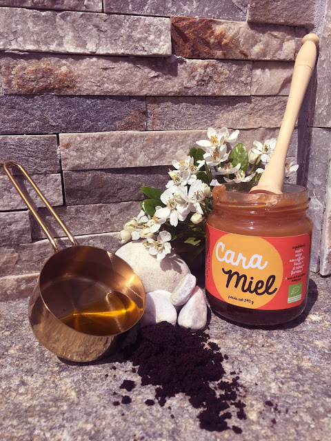 gommage pour le visage marc de café miel huile d'olive